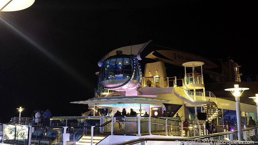 Le Sky Bar de nuit