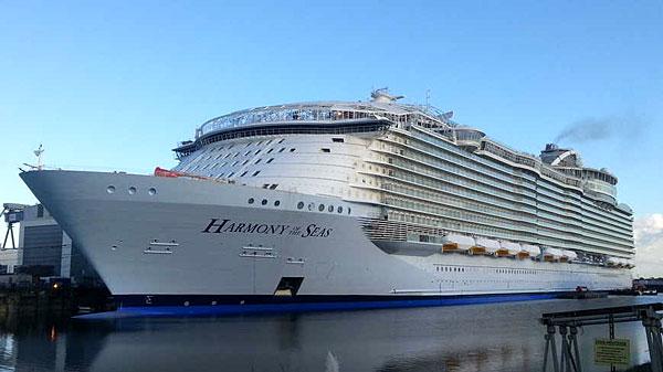 L'Harmony of the Seas, à quai