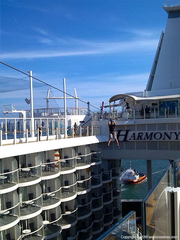 Tyrolienne Harmony of the Seas