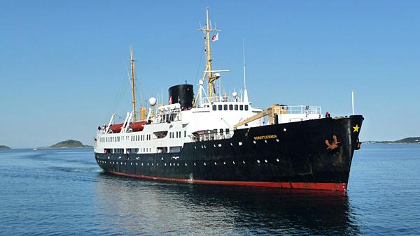 Le navire MS Nordstjernen de la compagnie Hurtigruten