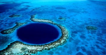 Blue Hole du Belize