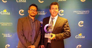 A Gauche : Massimo VOYAT (Directeur d'agence WEBCROISIERES) / A droite : Maurizio SPINETTA (Président DIrecteur Général du groupe JET-TRAVEL / WEBCROISIERES)