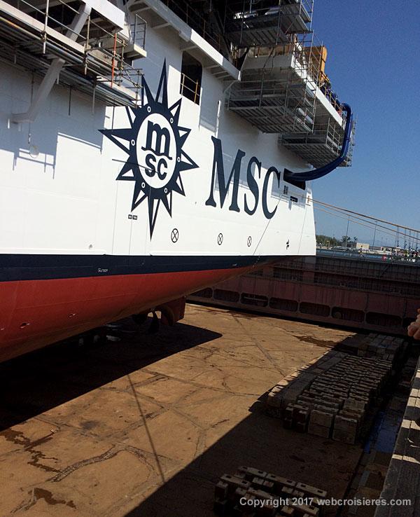 Le MSC Seaview est en cale sèche… Quelque instant avant remplissage du bassin…