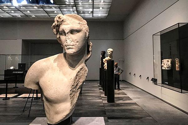 Quelques œuvres d'art présentes au musée du Louvre d'Abu Dhabi