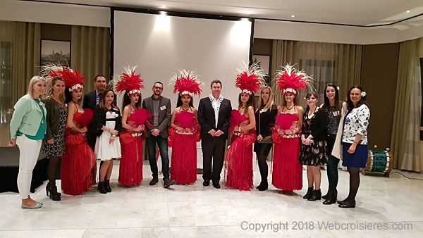 Equipe de la soirée polynésienne organisée par Jet-travel
