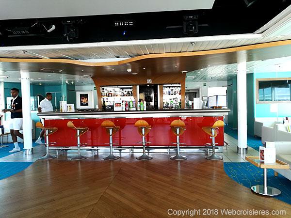 Le bar du Club Med 2