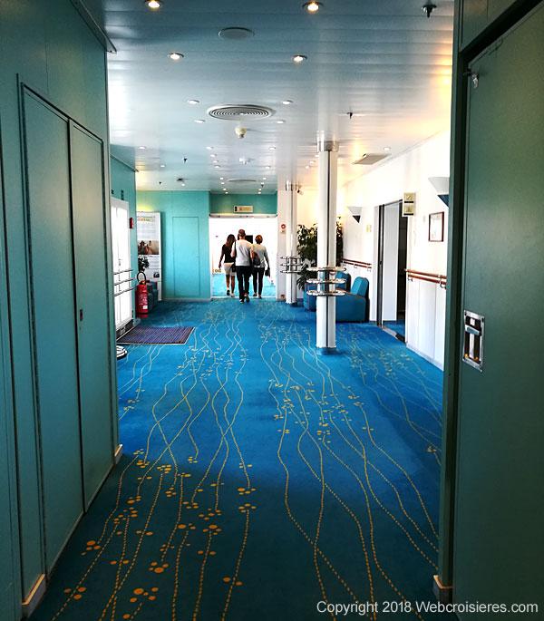 Couloir du Club Med 2