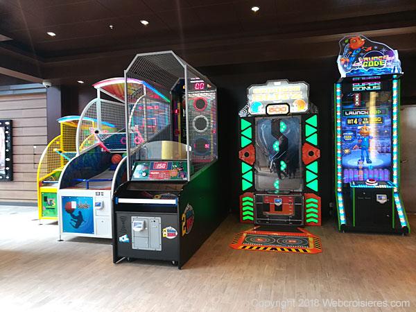 Jeux électroniques et autres bornes d'arcade