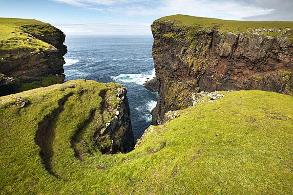 Point de vue sur les îles Shetland (Ecosse)