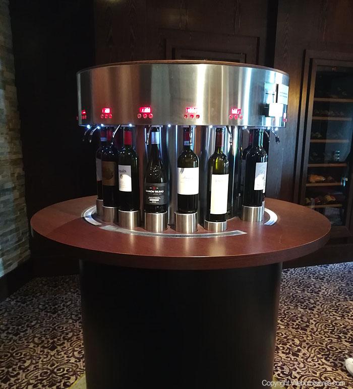Quelques bouteilles de vin du bar à vins du Celebrity Reflection