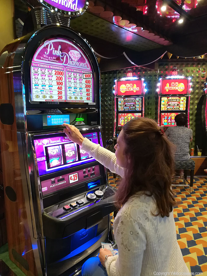 Une des machines à sous du casino du Costa Luminosa