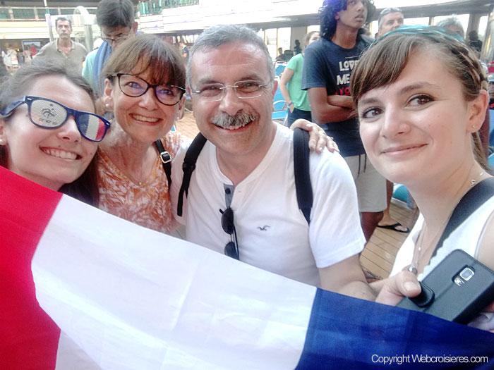 Supporters des bleus le soir de la finale :-)