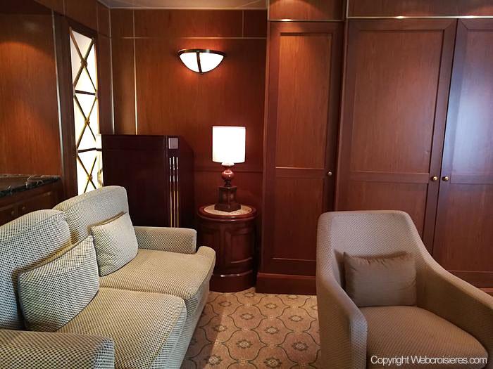 Vue sur l'Admiral's lounge