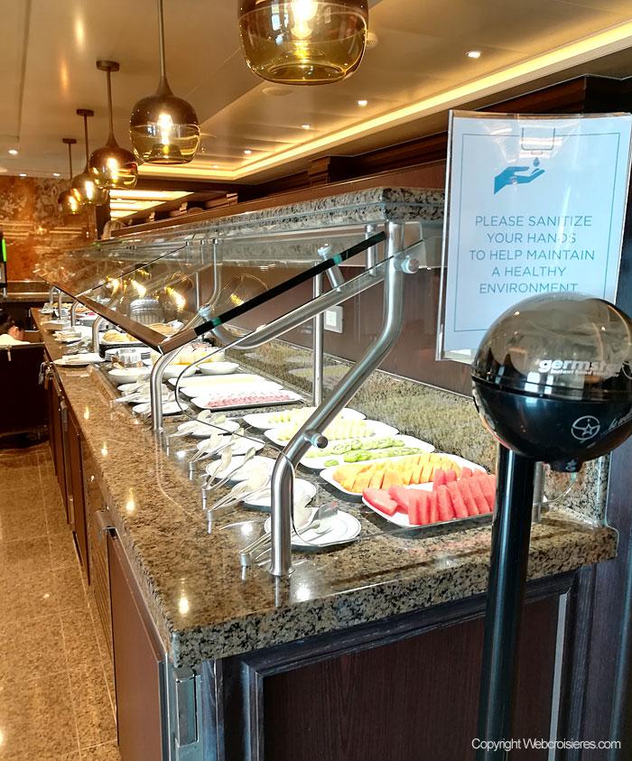 Un buffet disponible à bord du Regent Explorer