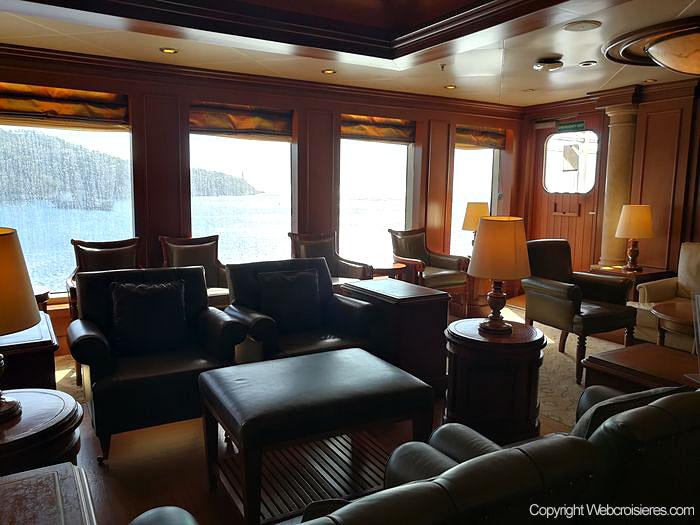 Le Churchill's cigar lounge