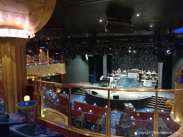 Le Constellation Theater du Regen Seven Seas Explorer