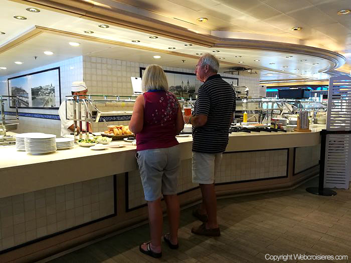 Photos du restaurant Lido du Queen Victoria