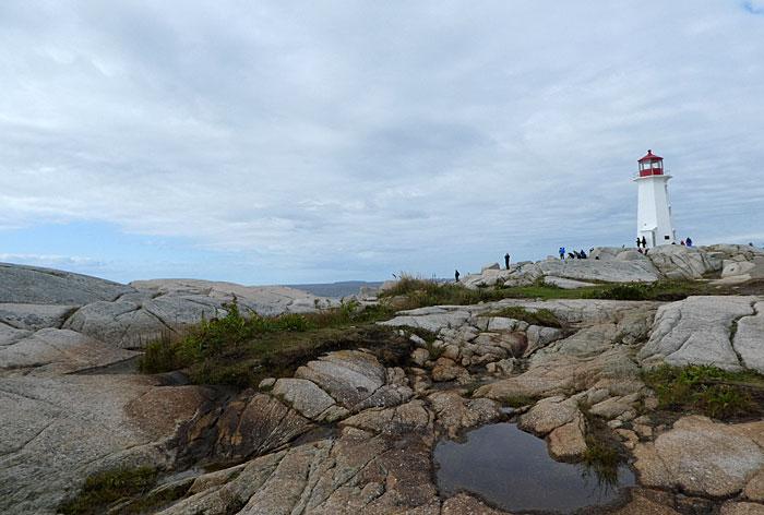 Phare emblématique et rochers de Peggy' Cove