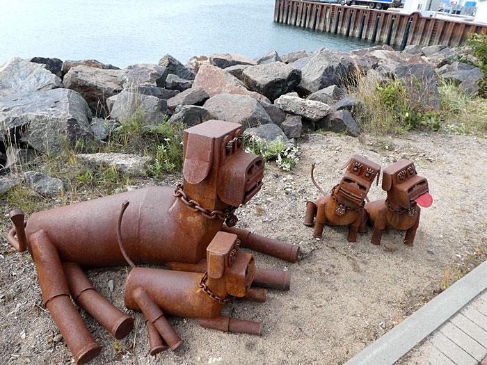 Vue partielle des statues animalières