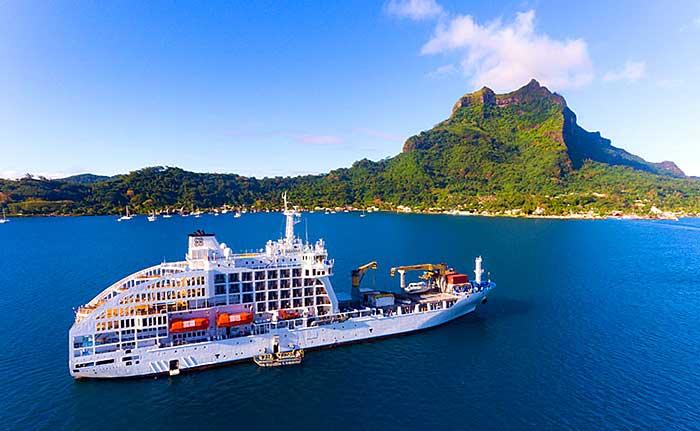 Le navire cargo Aranui 5 de la compagnie de croisières Aranui