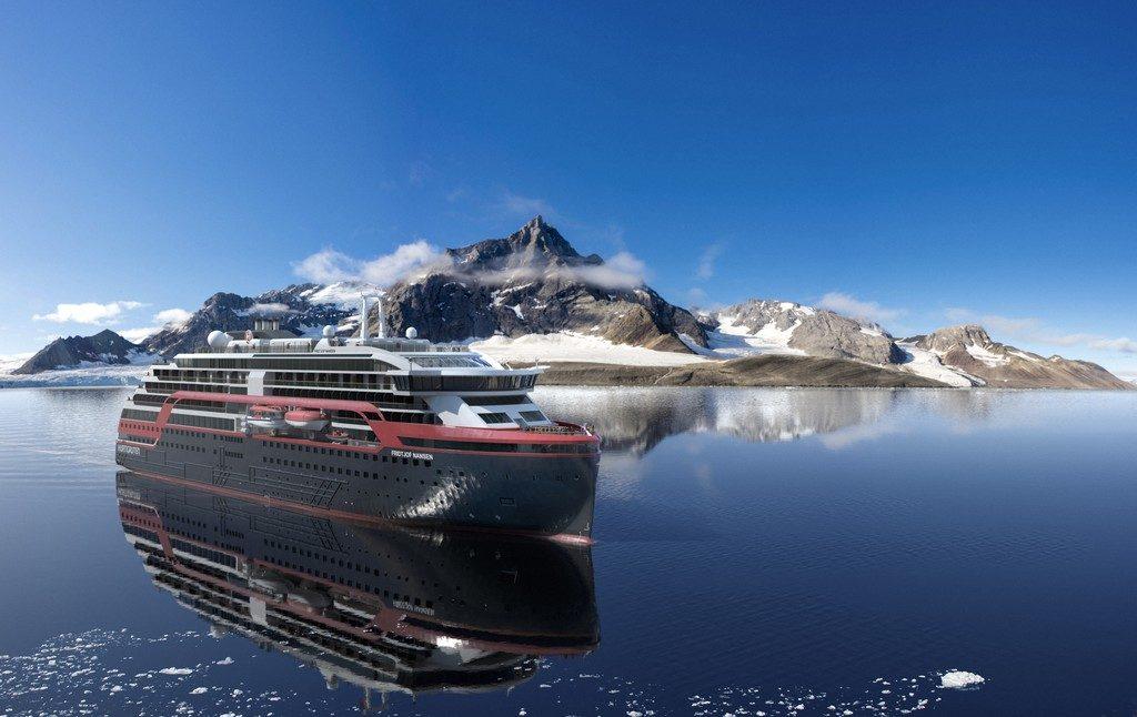 Le Roal Amundsen, prochainement dans les mers. Premier navire hybride la compagnie de fret Hurtigruten
